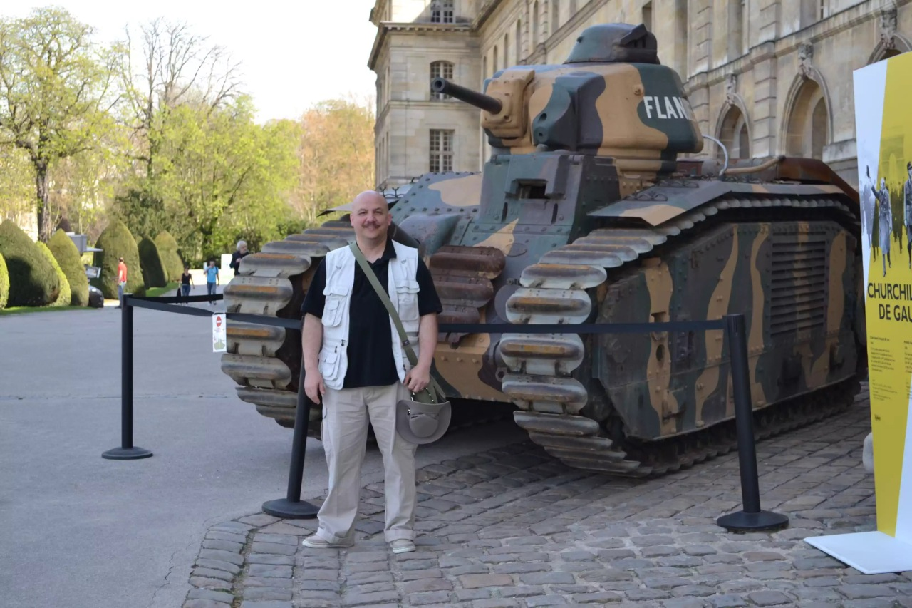 In front of the Paris Military Museum